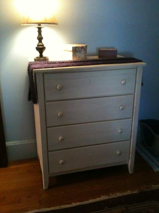 Dresser 001